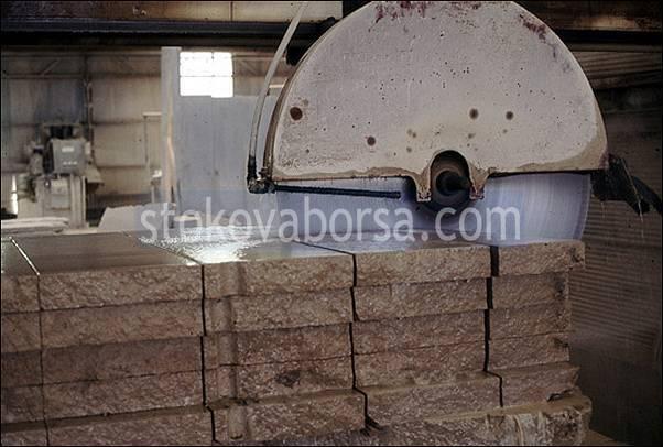 фирма за рязане на гнайсови плочи