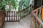 изработка на стълбищни дървени парапети