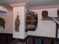 Мебели за битови заведения в традиционен стил