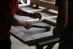 изработване на дървени портални врати по размери на клиента