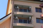 парапети за балкони от инокс и стъкло по поръчка