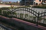 ниски огради от ковано желязо