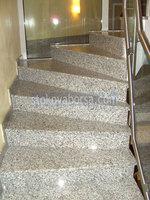 облицоване на стълбища с гранит
