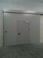 метална плъзгаща огнеопорна врата