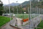 полагане на настилка от изкуствена трева за футболно игрище
