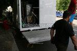 хамалски услуги по качване на товари в камион