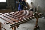 дървени огради по поръчка боядисани с цветен лак