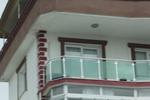 парапет за тераса от инокс и зелено стъкло